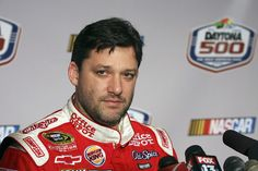 Tony Stewart Net Worth - The Tale Of A Famous Race Car Driver #TonyStewartNetWorth #TonyStewart #celebritypost
