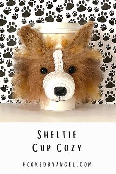 Can you handle the tail wag-worthy cuteness of this Sheltie cozy?! This realistic canine creation yips to life with imagination, hook, and yarn. It will bring delight to any Shetland Sheepdog lover. You can show the pride of your favorite breed and it will surely grab the attention of anyone who dotes on dogs. Paw-some addition to any cup! Gifts For Dog Owners, Dog Mom Gifts, Parent Gifts, Dog Coffee, Coffee Cozy, Crochet Dog Patterns, Hand Crochet, Dog Mothers Day, Mug Cozy Pattern