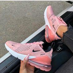 """buy popular 82b3e 799c6 VENEZ NOUS SUIVRE 😍👆 on Instagram  """"✓ Nike Concours ✓ Pour participer et  gagner le chaussure Air Max de ton choix 👞👠👇 (40 gagnant(e)s) 1-Être  abonné ..."""