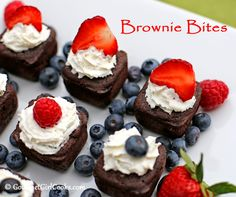 Gourmet Girl Cooks: Brownie Bites - LCHF (Low Carb High Fudgy)