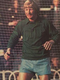 Iam McCall Newcastle Goalkeeper, Newcastle, Old And New, Terrace, Soccer, Clock, The Unit, Hero, English