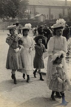 June 4, 1906 Even the children are in formal dress, learning to parade elegantly through the Tuileries Gardens