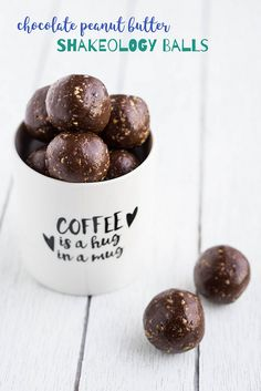 Chocolate Peanut Butter Shakeology Balls - the perfect energizing snack to keep you going through long days! Chocolate Peanuts, Chocolate Peanut Butter, Chocolate Recipes, Chocolate Protein Balls, Chocolate Mouse, Decadent Chocolate, Chocolate Chocolate, Homemade Chocolate, Healthy Protein Snacks