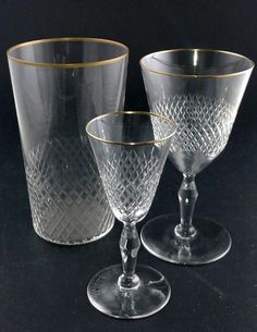 Kosta LYX Guldkant. Vinglas         H=128 mm  D=69 mm Snapsglas    H=117 mm  D=47 mm Grogg           H=130 mm  D=78 mm Punch Bowls, Glass, Glass Floor, Drinkware, Corning Glass