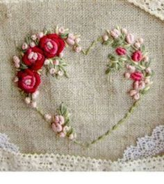 brazilian embroidery for beginners Bullion Embroidery, Brazilian Embroidery Stitches, Embroidery Hearts, Flower Embroidery Designs, Embroidery Works, Crochet Flower Patterns, Hand Embroidery Stitches, Silk Ribbon Embroidery, Floral Embroidery