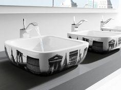 Déco toilettes / WC decoration : http://www.maison-deco.com/salle-de-bains/deco-salle-de-bains/Idees-deco-relookez-vos-toilettes