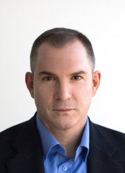 Review: In 'Where You Go Is Not Who You'll Be,' Frank Bruni Examines College Admissions Mania - NYTimes.com