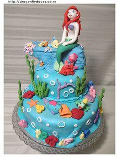 Little Mermaid Cake... my favorite Disney movie of all time!!!