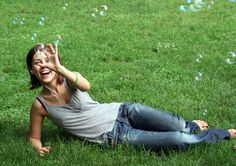 Photo happy gal soap bubbles - The Life Coach What A Wonderful Life, Soap Bubbles, Breath Of Fresh Air, Motivational Sms, Most Beautiful, T Shirts For Women, Beauty, Park, Fashion