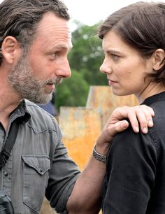 Rick Grimes (Andrew Lincoln) and Maggie Rhee (Lauren Cohan)  - The Walking Dead S8