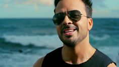 Daddy Yankee (Hacked and Deleted) Daddy Yankee, Ricky Martin, Music Songs, Music Videos, Romantic Music, Youtube S, Musica, Reggaeton, Songs