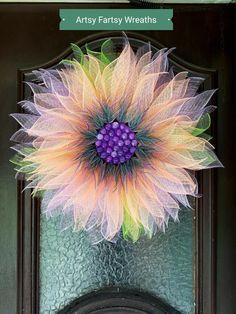 Flower Wreath Front Door Wreath Spring Wreath Every Refreshing Handmade Summer Wreath Designs You Need Spring Front Door Wreaths, Christmas Mesh Wreaths, Halloween Mesh Wreaths, Winter Wreaths, Prim Christmas, Spring Wreaths, Wreath Crafts, Diy Wreath, Tulle Wreath