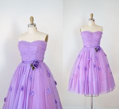 Beautiful 1950s strapless party dress in sheer lavender nylon with a shirred bonned bodice, sweetheart neckline, nip waist with purple satin band,