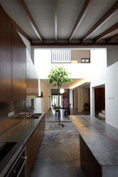 Malaysian Single Storey Terrace - Terrace house inner courtyard reminise of peranakan family homes