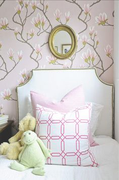 Cole & Son Magnolia Wallpaper Pink 72/3009 (also comes in Grey/Pink, Pale Blue, and Gold)