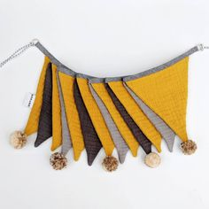 Double gauze bunting / nursery decor / pompom garland / bunting flags / fabric bunting banner / kids room / home decoration Name Bunting, Nursery Bunting, Mini Bunting, Bunting Garland, Bunting Flags, Fabric Bunting, Fabric Decor, Nursery Decor, Bunting Ideas