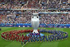 TOPSHOT - A general view shows the closing ceremony ahead the Euro 2016 final football match between Portugal and France at the Stade de France in Saint-Denis, north of Paris, on July / AFP / PHILIPPE LOPEZ Uefa European Championship, European Championships, Football Match, Football Soccer, Portugal, Uefa Euro 2016, We Are The Champions, Baseball Field, Ronaldo