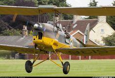 The classic De Havilland Tiger Moth Tiger Moth, Old Planes, Air Festival, Pilot, Vintage Airplanes, Aviation Art, Vintage Photos, Fighter Jets, Aircraft