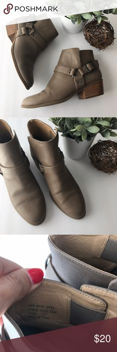 "DRESS BARN vegan leather booties - Clean and smoke free home - No holes or stains - Size 7.5M (medium width) - Pull on with buckle detailing and inner elastic for ease of getting on/off - 1.75"" stacked heel - Small scuff on back of heel (pictured) and on scuff on stacked heel portion  - Soles in excellent condition with tons of life left - Check my other listings Dress Barn Shoes Ankle Boots & Booties"