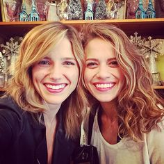 Sophia Bush, Bethany Joy Lenz Stage Another One Tree Hill Reunion: Pic - Us Weekly Peyton Sawyer, Les Freres Scoot, One Tree Hill Cast, Haley James Scott, Bethany Joy Lenz, Like Fine Wine, Sophia Bush, Girl Crushes, Best Shows Ever
