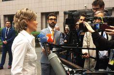 La ministra de Agricultura y Alimentación y Pesca y Medio Ambiente, Isabel García Tejerina, se ha mostrado optimista de cara a que la Comisión Europea (CE) acuerde a España un adelanto d ...
