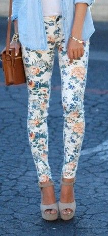 Floral Skinnies // WANT!