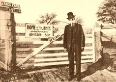In his final years, Frank eked out a living offering guided tours of the James family farm