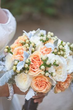 Garden Roses in Peach and Ivory Bouquet #YourEventFlorist #PeachBouquet     Photography by Ace and Whim. Floral Design by Your Event Florist.