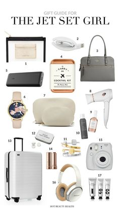 Holiday Gift Guide: 12 Must-Haves for The Jet Set Girl Gifts for Her: A holiday gift guide for trave Travel Bag Essentials, Road Trip Essentials, Airplane Essentials, Holiday Essentials, Jet Set, Road Trip Packing, Packing Tips For Travel, Packing Hacks, Packing Cubes