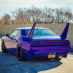 Dodge love the wicked Daytona spoiler added Nissan Gtr 35, Dodge Daytona, Dodge Charger Daytona, Dodge Muscle Cars, Custom Muscle Cars, Dodge Auto, Bugatti, Lamborghini, Ferrari