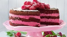Himbeer-Joghurt-Schoko-Torte Raspberry Yoghurt Chocolate Cake – Delicious recipes for chocolate cake Chocolate Torte, Best Chocolate, Chocolate Recipes, Gourmet Cakes, Food Cakes, Drip Cakes, Sweets Cake, Cupcake Cakes, Torte Au Chocolat