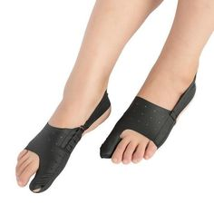 Say no to surgery and to bunion pain! This Ultra-thin Big Toe Bunion Corrector helps realign toes to their natural position in a non-medical and natural way. Bunion Relief, Gout Relief, Stress Relief, Pain Relief, Bunion Exercises, Bunion Remedies, Gout Remedies, Get Rid Of Bunions, Bunion Surgery