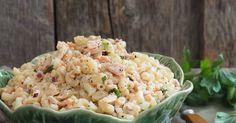 Makaronisalat med tunfisk Pizza, Salad, Ethnic Recipes, Food, Pai, Essen, Salads, Meals, Lettuce