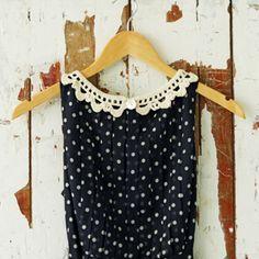 Crocheted collar pattern