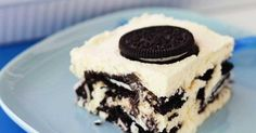 ingredient Oreo dessert This creamy Oreo dessert has just three ingredients and is so easy that you could leave the kids to (almost) make it themselves. ingredients 4 cups thickened cream, whipped 1 cup milk 3 pkts each) Oreo cookies, original 🍎 Dessert Simple, Oreo Dessert Easy, Oreo Dessert Recipes, Pudding Desserts, Easy Desserts, Healthy Desserts, Oreo Fudge, Nutella Brownies, Trifle