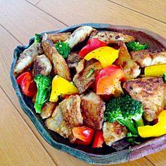 魚(ふくらぎ)を唐揚げ。野菜とドッキング〜。オリーブオイルとバジルの相性が好き! - 36件のもぐもぐ - バジル焼き by yumiko