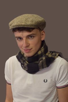 Traditional Classic Flat Cap for the Country Gent in Fawn/Brown. Handmade to order using traditional methods and finished to the highest standards of craftmanship in Jonathan Richard's studio. Flat Cap, Irish, Brown, Fashion, Moda, Pillbox Hat, Irish Language, Fashion Styles, Brown Colors