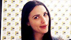 Merlin BBC // Katie McGrath at Comic-con 2011. [Gif 3 of 4]