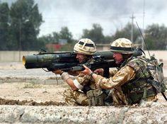 바그다드 외곽 전투 중인 영군군 병사