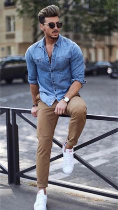 Feb 2020 - Outfit Ideas, image & style tips. See more ideas about Mens fashion:__cat__, Men casual and Mens clothing styles. Outfit Hombre Casual, Beige Outfit, Smart Casual Outfit, Casual Outfits, Minimalist Outfit, Minimalist Shoes, Men's Business Outfits, Herren Style, Look Man