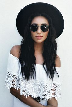 ╰☆╮Boho chic bohemian boho style hippy hippie chic bohème vibe gypsy fashion indie folk the 70s . ╰☆╮ shay mitchell