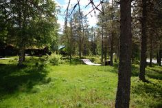 Cabin in Tinn Austbygd, Norway. The cabin is located on the banks of a great kayaking river, Austbydåe. And has good access to skiing, kiting, hiking, fishing and more. There is space for two families, you can drive up to the hut and there is parking for 2-3 car's.  Fairy tail p...