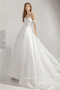 AK0104X1  Welldingdress Strapless Sleeveless with a Bowknot in front chest  Satin Wedding Gown. Welcome f8945904b75d