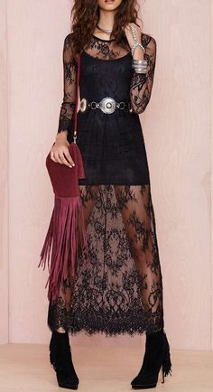 Love the black lace...