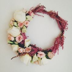 Another beautiful for a wedding day Flower Head Wreaths, Hair Wreaths, Bridal Hair Flowers, Wedding Flowers, Flower Tiara, Flower Crowns, Crown Tumblr, Fresh Flowers, Beautiful Flowers
