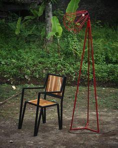 L300. #tanganketiga #terimakasih #woodwork #metalwork #industrial #industrialchair #industriallamp #industriallighting #industrialfurniture #chair #stool #standlamp #lighting #custom #handmade #vsco #vscocam #photooftheday #morning #indonesia de tanganketiga