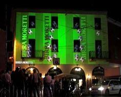 Year: 2007 Location: Navigli - Milano Agency: Emenem Client: Heineken Director: Claudio Sinatti Compositing: Claudio Sinatti, Elisa Seravalli, Rino Tagliafierro 3d: Pietro Pinetti, Cristian Spagnuolo Isadora: Andrea Buono, Matteo Bava Sound design: Andrea Gabriele