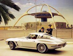 Mid-Century Modern Freak | The 1963 Corvette Stingray with Split Window Coupe...