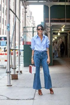 Cropped flare jeans are the biggest denim trend of 2016 so far - click to see street style examples for how to wear them (and shop for your pair now!)