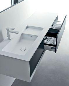 Shape, Minimalist Bathroom / Michael Schmidt For Italian Manufacturer Falper